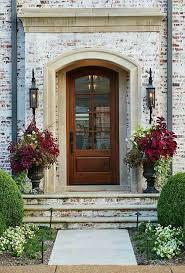 Front Door Planters by Best 25 Front Stoop Decor Ideas On Pinterest Outdoor Entryway