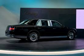toyota new 2017 new toyota century limo brings old class to tokyo 2017 by car