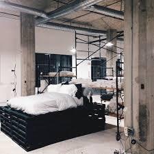 chambre a coucher noir et gris lit chambre à coucher noir gris image 4638543 par