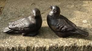 pair cast iron birds garden ornament statue metal cool