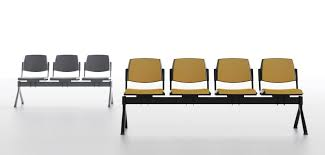 seat on beam for waiting rooms in polypropylene idfdesign