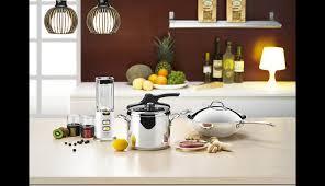 comment choisir un plan de travail cuisine aménagement de cuisine bien choisir plan de travail idées et