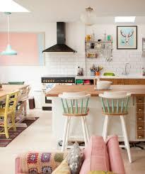 cuisine coloree cuisines cuisine coloree en bois rogolo ouvert espace maison