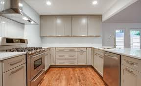 Lowes Stock Kitchen Cabinets Finest Stock Kitchen Cabinets Vs Custom Tags Stock Kitchen