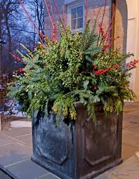 Traditional Home Christmas Decorating Ideas by Holiday Outdoor Decorating Tips From Mariani Landscape