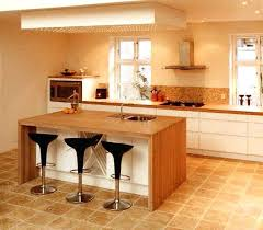 ilot central cuisine bois cuisine en bois brut cuisine en bois latout accolo meuble de cuisine