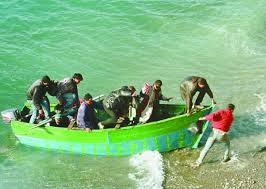 """Dicen que en Cuba... ¿La población cubana """"huye"""" del país?  Images?q=tbn:ANd9GcRSna0FW0Rv2LQiP0UXHwEKrwszoHCTGXU6cDV0DV-p_cdK4G2REA&t=1"""