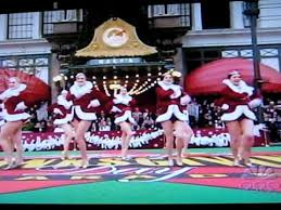rockettes in the macy s thanksgiving day parade 2009