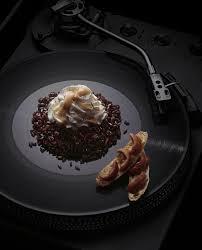 comment cuisiner des oursins recette chantilly béchamel d oursin et riz noir cuisine madame