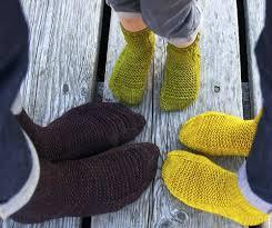 knitting pattern for socks using circular needles 12 sock knitting patterns for beginners using circular needles