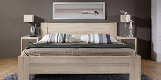 Schlafzimmer Holz Eiche Entdecken Sie Hier Das Programm Donna Möbelhersteller Wiemann