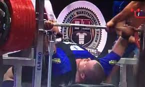 World Bench Press Record Trending Watch This Guy Broke The Bench Press World Record With