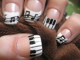 handpainted music french tips with music notes and piano keys