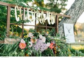 how to throw the perfect backyard wedding party styled shoots