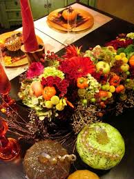 Fall Table Arrangements 81 Cool Fall Table Decorating Ideas Shelterness