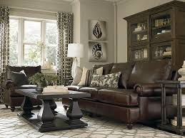 Living Room Ideas With Leather Sofa by Best 25 Brown Leather Sofas Ideas On Pinterest Leather Couch