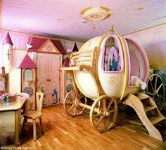 Beds For Kids Rooms by Best 25 Carriage Bed Ideas On Pinterest Disney Princess