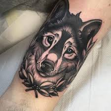 best 25 wolf tattoo traditional ideas on pinterest traditional