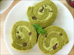 kitchentigress matcha swiss roll