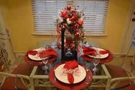 Decorating Ideas Sweet Dining Room Elegant Valentine Decoration - Glass top dining table decoration