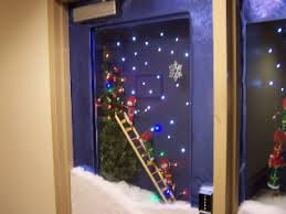 Christmas Table Decoration Contest by Christmas Door Decorating Contest Ideas Google Search Door