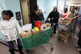 food pantries struggle to meet need at thanksgiving