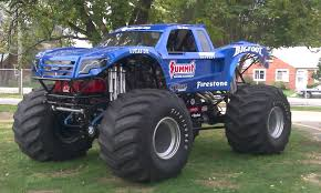 monster truck jam videos youtube bigfoot 18 world record monster truck jump youtube