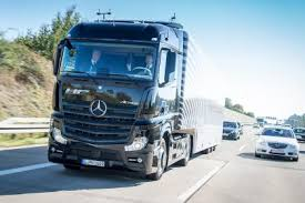 mercedes truck dealers uk driverless trucks to be tested on uk roads auto express