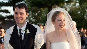 chelsea clinton wedding dress wedding photos chelsea clinton marries boyfriend in upstate in