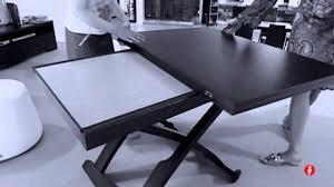 tavoli alzabili mascotte tavolino trasformabile in legno by calligaris