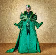 auntie em wizard of oz costume pics of queen latifah mary j blige common from u0027the wiz live