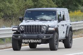 2018 jeep wrangler spy shots 2018 jeep wrangler rubicon spied sporting minimal camo