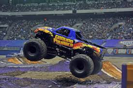 monster jam madusa truck ground pounder monster trucks wiki fandom powered by wikia