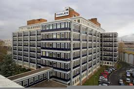 le bureau colombes bureaux location colombes offre 69175 cbre