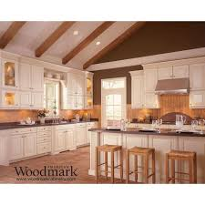 Kitchen Cabinets Samples Best 25 American Woodmark Cabinets Ideas On Pinterest Kitchen