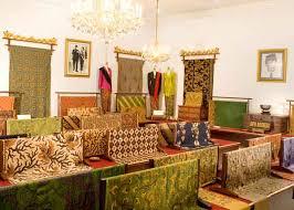 Toko Batik Danar Hadi hotels around museum batik danar hadi klikhotel
