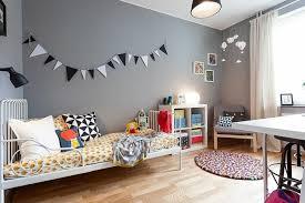 chambre gris clair chambre pour enfant dans les tons gris 25 idées de décoration