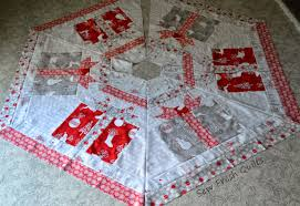 sew fresh quilts christmas tree skirt and table decor