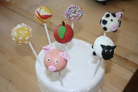 caroline makes cake pops decorating class pigs sheep and cows