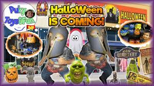 m m costume spirit halloween halloween is coming preschooler visits spirit store