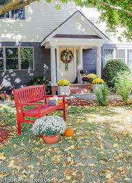 How To Decorate Your House For Fall - 20 fall porch decor ideas best autumn porch decorations