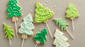 christmas tree cookie pops recipe bettycrocker com