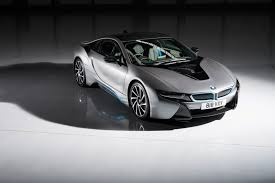 bmw van video bmw i8 drag races edna the electric van from hell