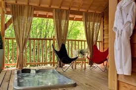 chambre d hote spa bretagne cyprès si haut cabane avec spa tropical chambres d hôte à