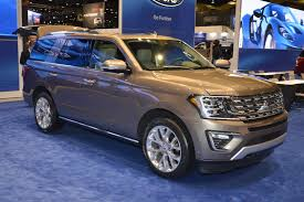 all new 2018 ford expedition adopts aluminum and drops 300 pounds