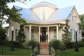 magnolia fixer upper magnolia house bed and breakfast made famous by hgtv s fixer upper