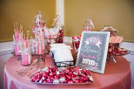 candy wedding favors candy bar wedding favor pr meets or