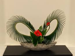 chic floral designs free style ikebana