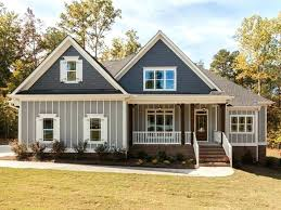 traditional home style small colonial style homes house designspirations livingston 17th