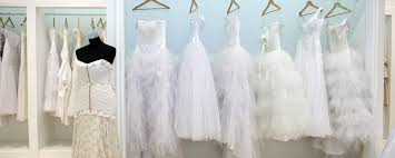 wedding dress shopping 5 things to before buying a wedding dress brides on budgets